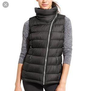 Athleta Downabout Black Asymmetrical Zip Vest NWOT